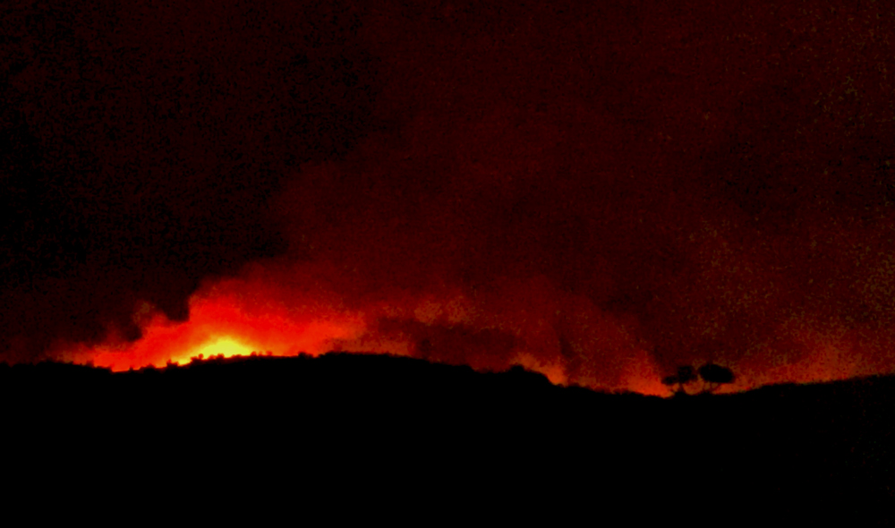 detwiler fire mariposa county monday evening 6 credit barbara milazzo