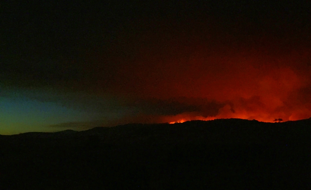 detwiler fire mariposa county monday evening 7 credit barbara milazzo