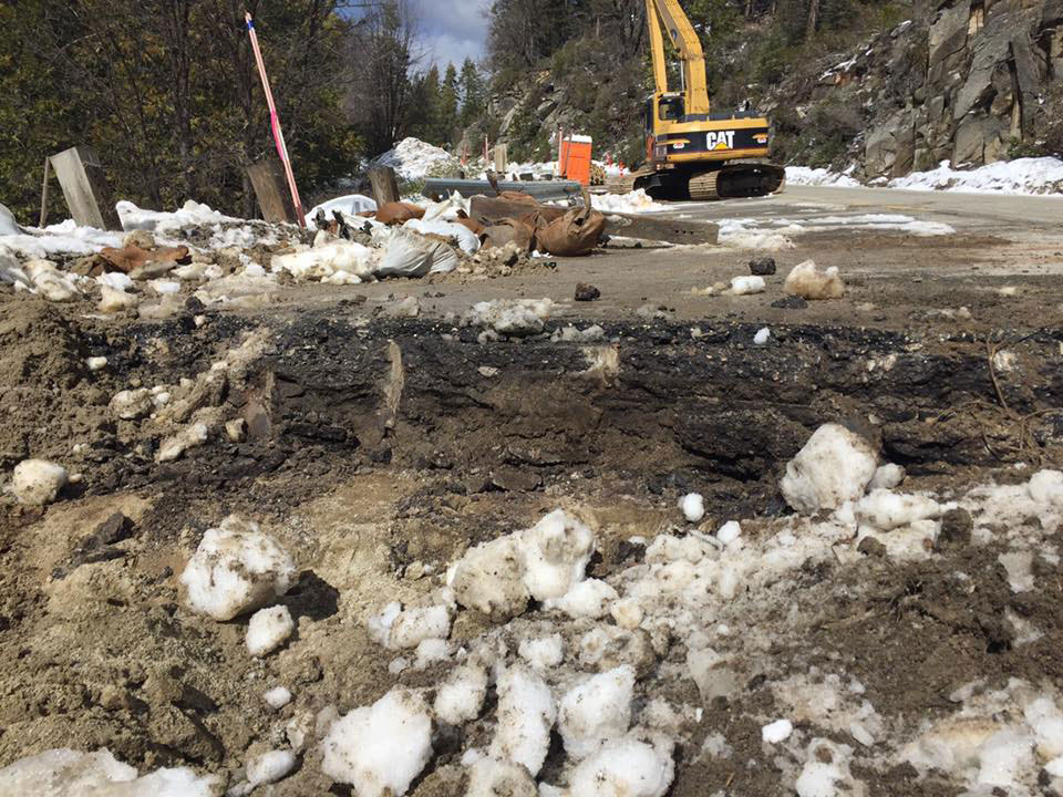Caltrans is reporting highway 41 north of fish camp near for Yosemite fish camp