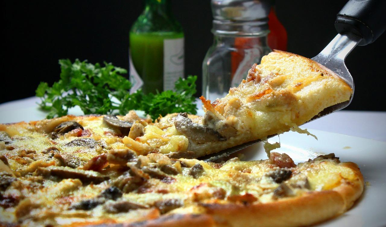 pizza 329523 1280